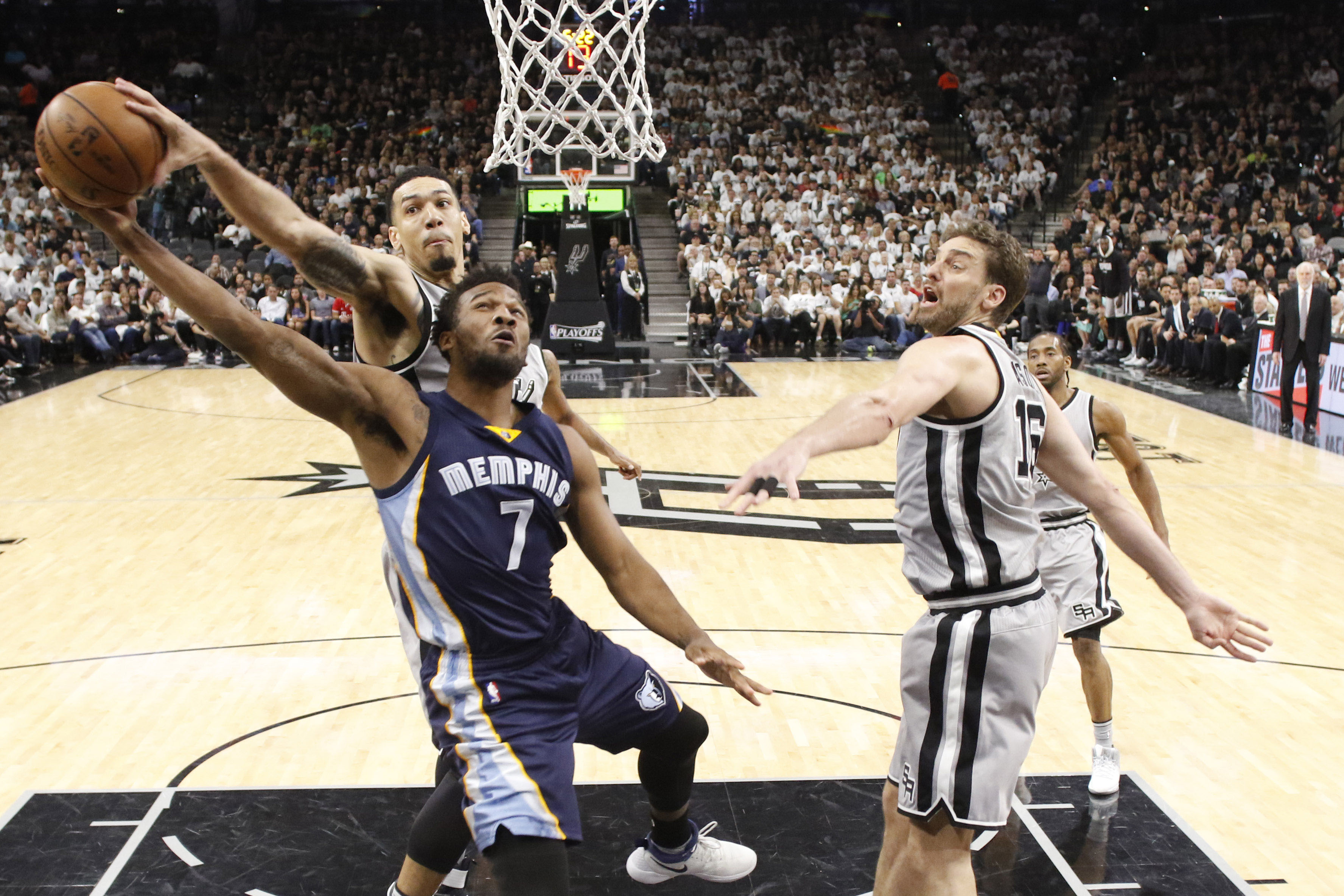 Memphis Grizzlies VS San Antonio Spurs BETTING TIPS (21-04-2017)